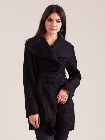Czarny dzianinowy damski płaszcz