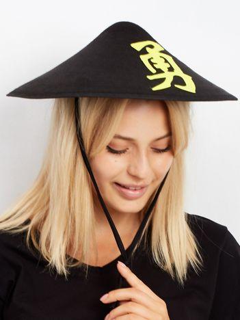 Czarny kapelusz Chińczyka