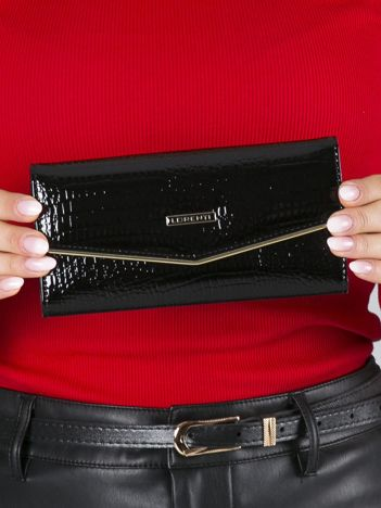 Czarny lakierowany portfel skórzany na napę