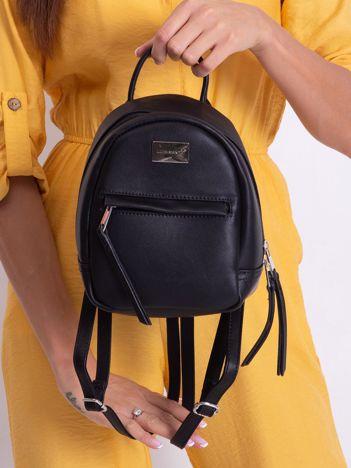 Czarny mały plecak z eko skóry