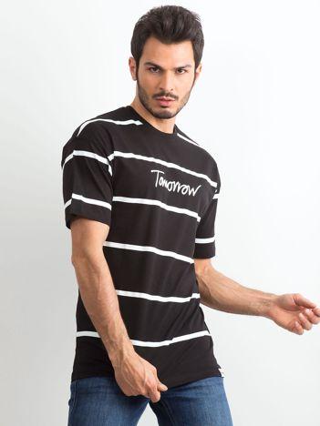 Czarny męski t-shirt w paski