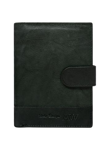 Czarny portfel z zapięciem na napę