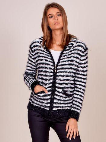 Czarny rozpinany sweter w paski z kapturem