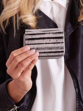 Czarny skórzany damski portfel