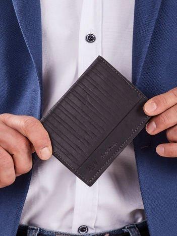 Czarny skórzany męski portfel z tłoczeniem