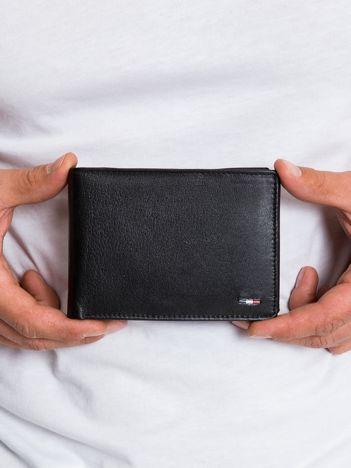 Czarny skórzany portfel męski