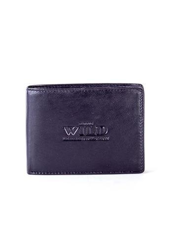 Czarny skórzany portfel męski z tłoczeniem