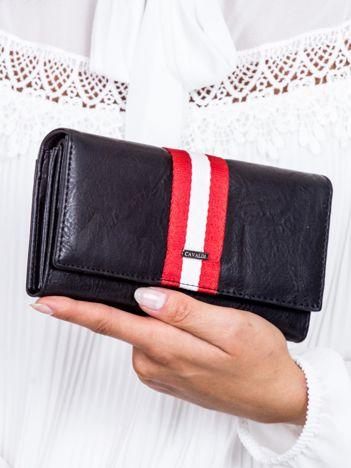 Czarny skórzany portfel ze wstawką w paski