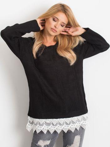 Czarny sweter World