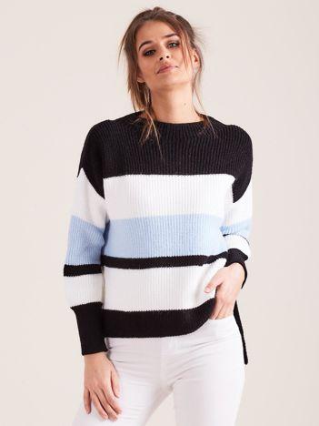 Czarny sweter damski w paski