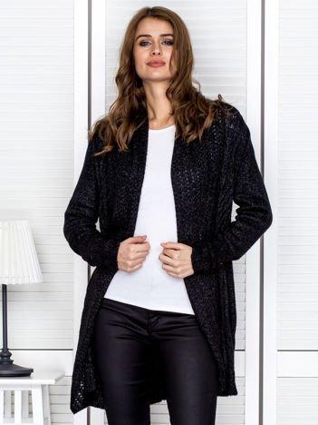 Czarny sweter z dekoltem waterfall