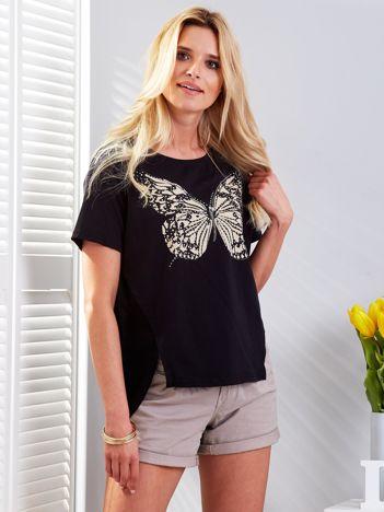 Czarny t-shirt z biżuteryjnym motylem i szyfonową wstawką z tyłu