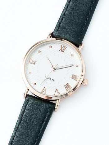 Czarny zegarek damski z rzymskimi cyframi
