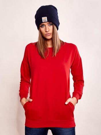 Czerwona długa bluza dresowa