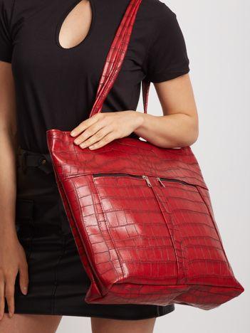 Czerwona duża torba z motywem zwierzęcym