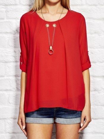 Czerwona koszula w drobne groszki