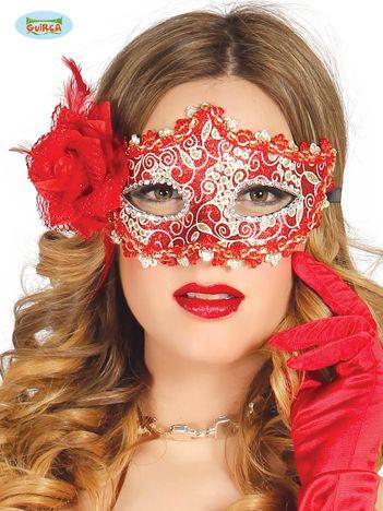 Czerwona maska na bal w kwiaty