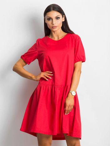 Czerwona sukienka Style-conscious