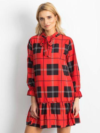 f8ce990273 Czerwona sukienka damska w kratę