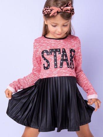 Czerwona sukienka dla dziewczynki z napisem