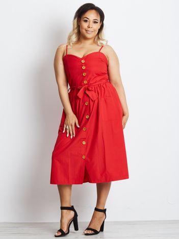Czerwona sukienka plus size Realm