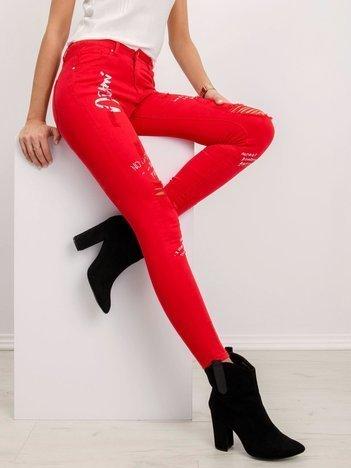 Czerwone jeansy Nadya