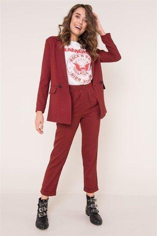 Czerwone spodnie we wzory BSL