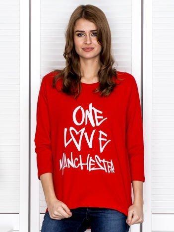 Czerwono-biała bluzka z napisem ONE LOVE