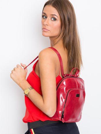 Czerwony plecak damski ze skóry ekologicznej