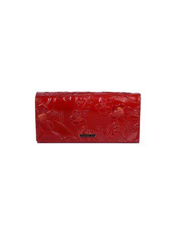 Czerwony portfel ze skóry z tłoczonymi kwiatami