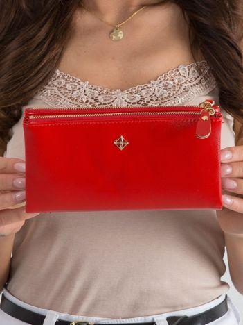 Czerwony poziomy damski portfel z ekoskóry