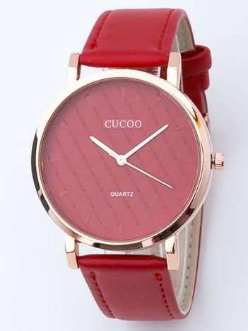 Czerwony zegarek damski z pikowaniami na tarczy