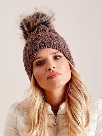 Damska czapka na zimę brązowa