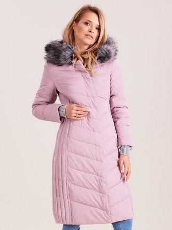 Długa kurtka zimowa z kapturem różowa