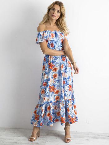 Długa sukienka w kwiaty niebiesko-pomarańczowa