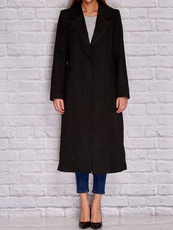 Długi klasyczny płaszcz czarny