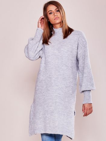 Długi sweter damski z szerokimi ściągaczami jasnoszary