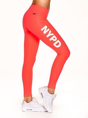 Długie legginsy na siłownię z napisem NYPD fluokoralowe