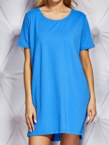 Dresowa sukienka oversize niebieska