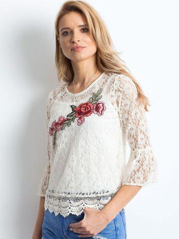 01b6e163c Bluzki damskie: eleganckie, modne i tanie bluzeczki - sklep eButik.pl