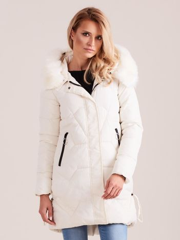 Ecru pikowana kurtka na zimę