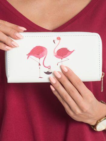 Ecru portfel we flamingi