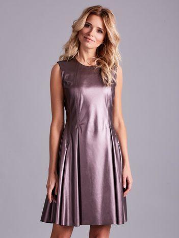 Fioletowa sukienka z ekoskóry