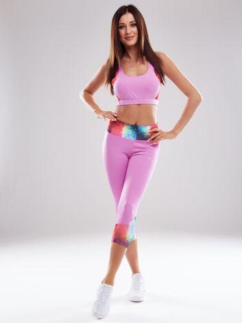 Fioletowy komplet sportowy z kolorowymi wstawkami