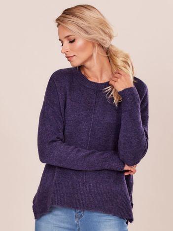 Fioletowy sweter z dłuższym tyłem