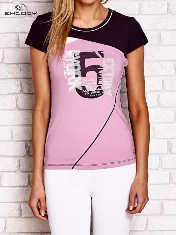 Fioletowy t-shirt z cyfrą 5