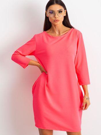 Fluo różowa sukienka Distinguished
