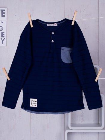 Granatowa bluzka chłopięca w plecione paski z kieszonką