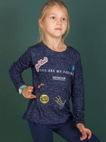 Granatowa bluzka dla dziewczynki z naszywkami
