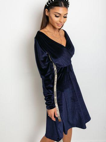 Granatowa sukienka Velvet